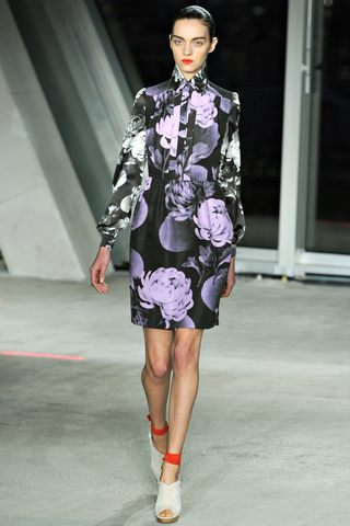 images/cast/10150540947677035=COLOUR'S COMPANY job on fabrics x=j.saunders Fall 2012 london